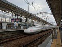 JA_Shinkansen_Zug_BW_FOC