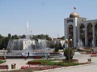014_KI_Bischkek_AlaTooPlatz_ES_FOC