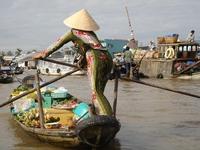 schwimmender Markt bei Can Tho im Mekong Delta
